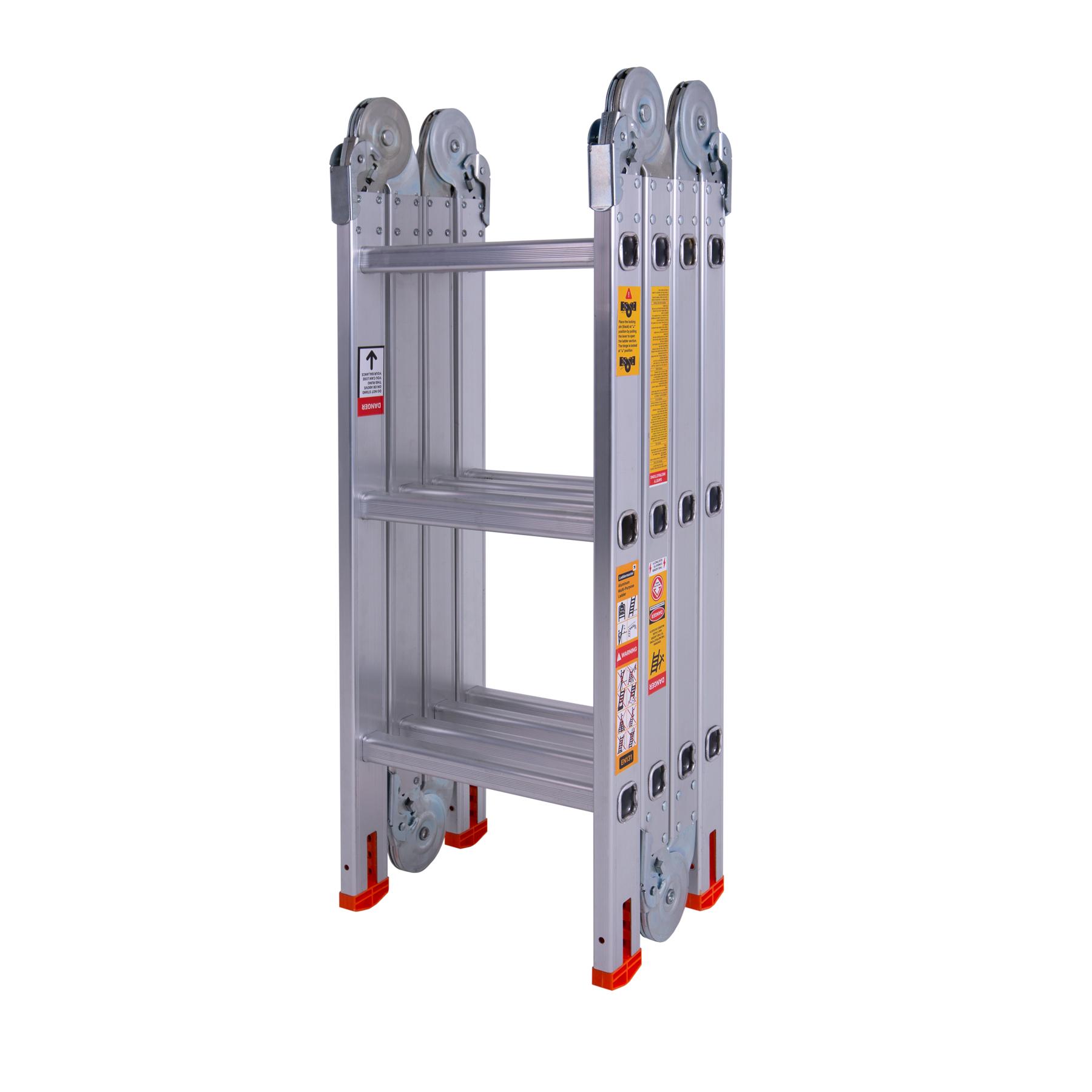 сложенная шарнирная лестница на 3 ступеньки