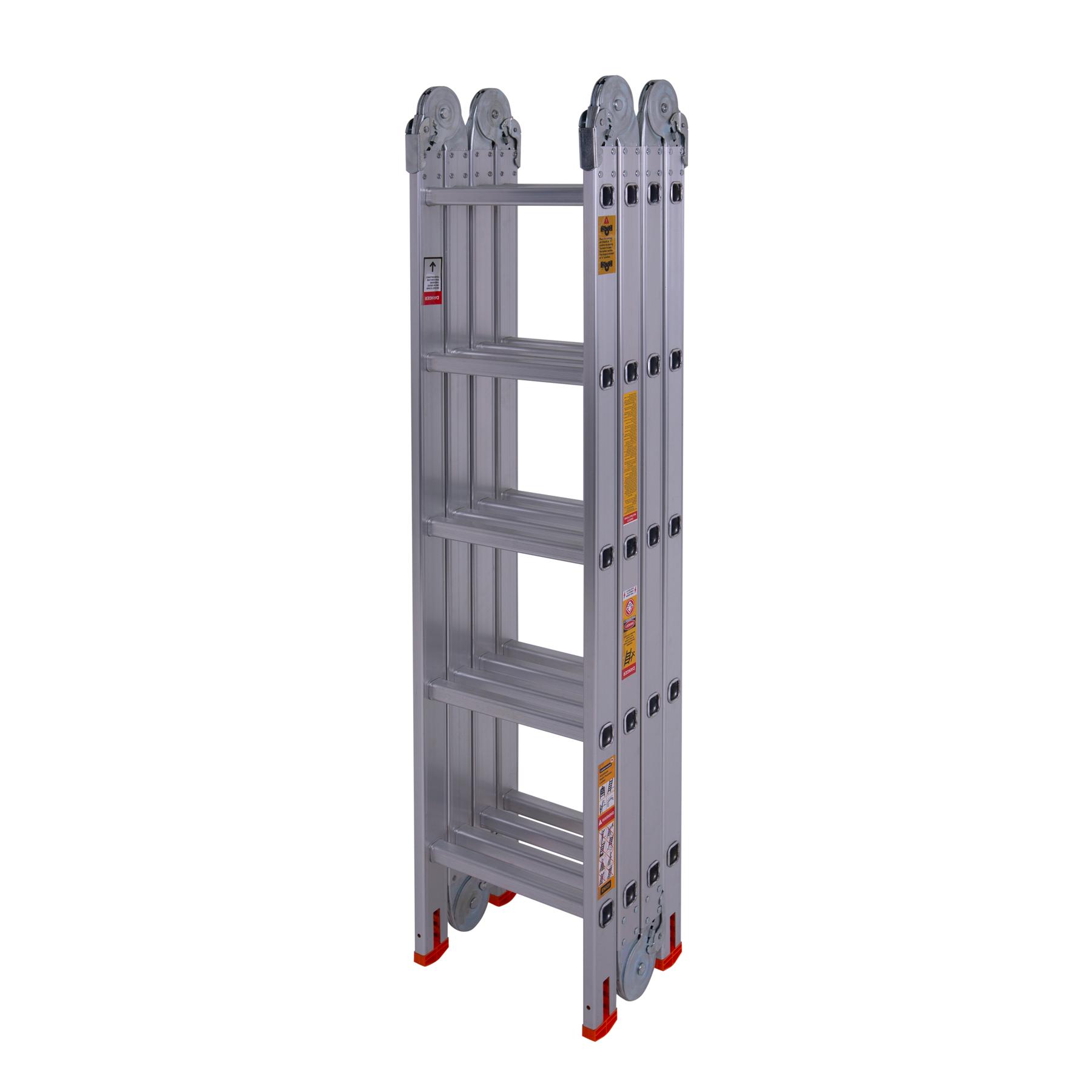 Лестница шарнирная в сложенном состоянии