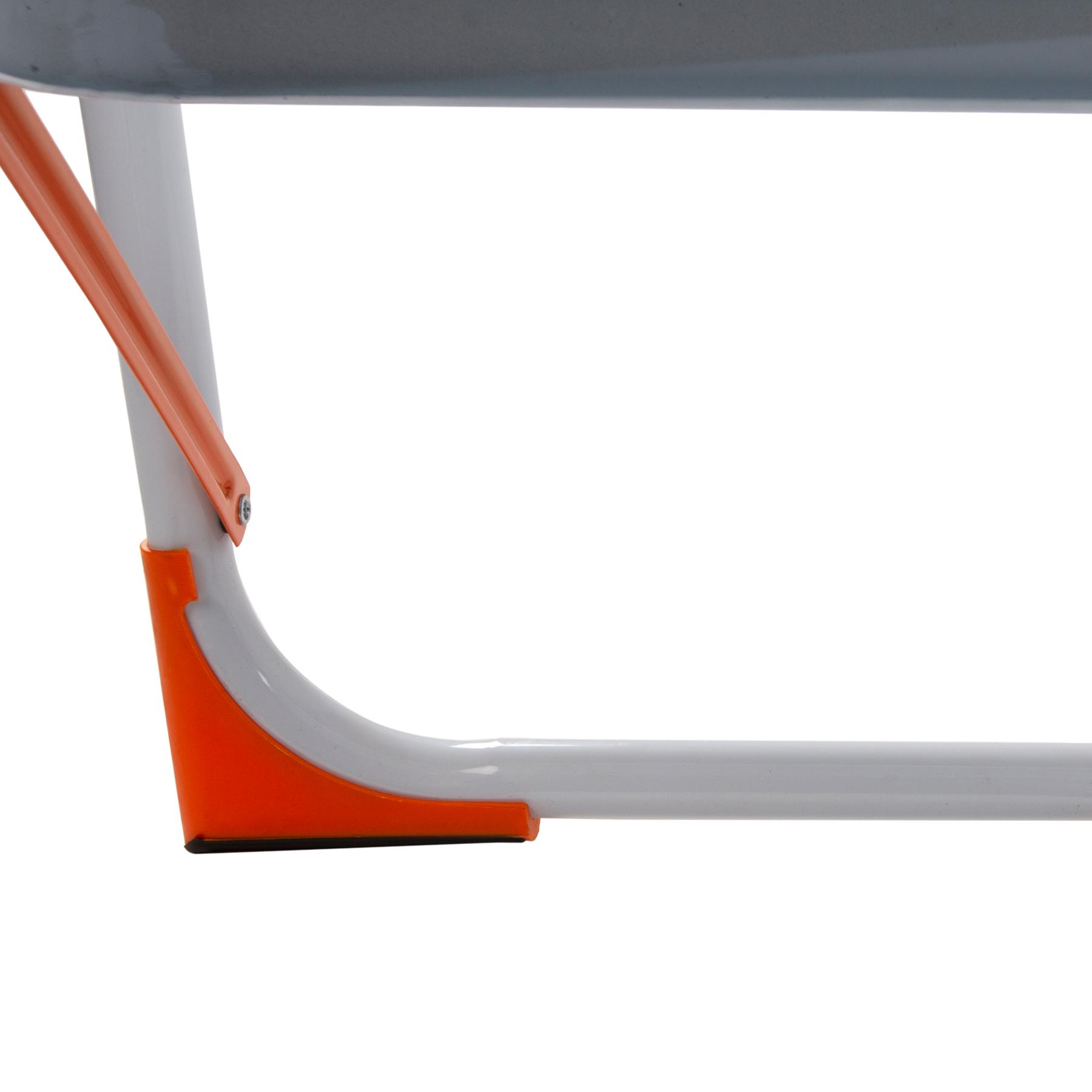 нескользящие ножки у стремянки